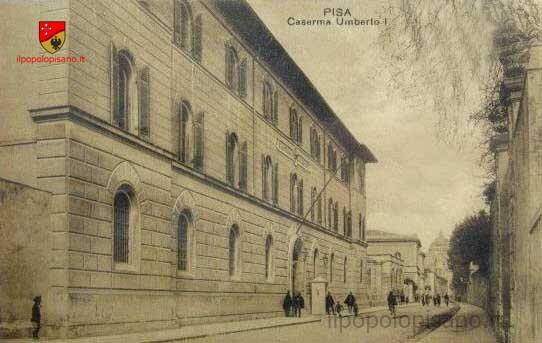Caserma Umberto I e Via Roma Anno - ? Cartolina d'epoca Fonte - archivio di Ammannati Giuliano
