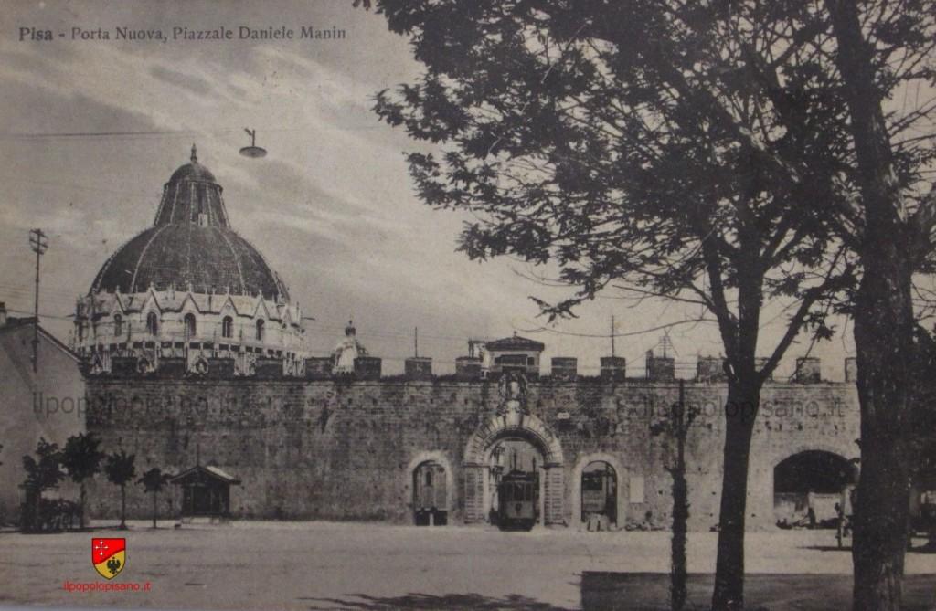 Piazza Manin Anno - anni '20/'30 del secolo scorso Cartolina d'epoca